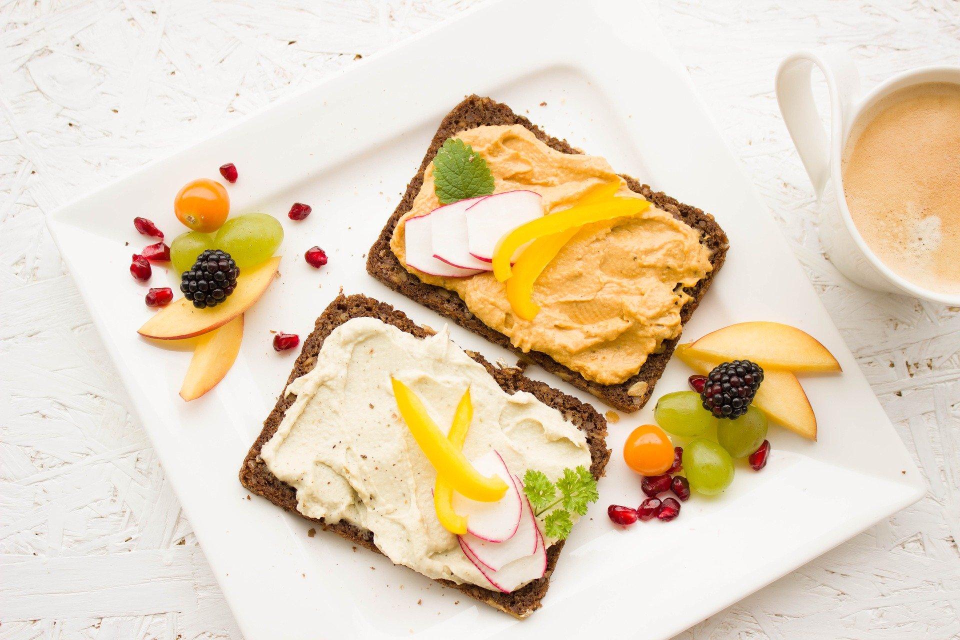 owoce na śniadanie
