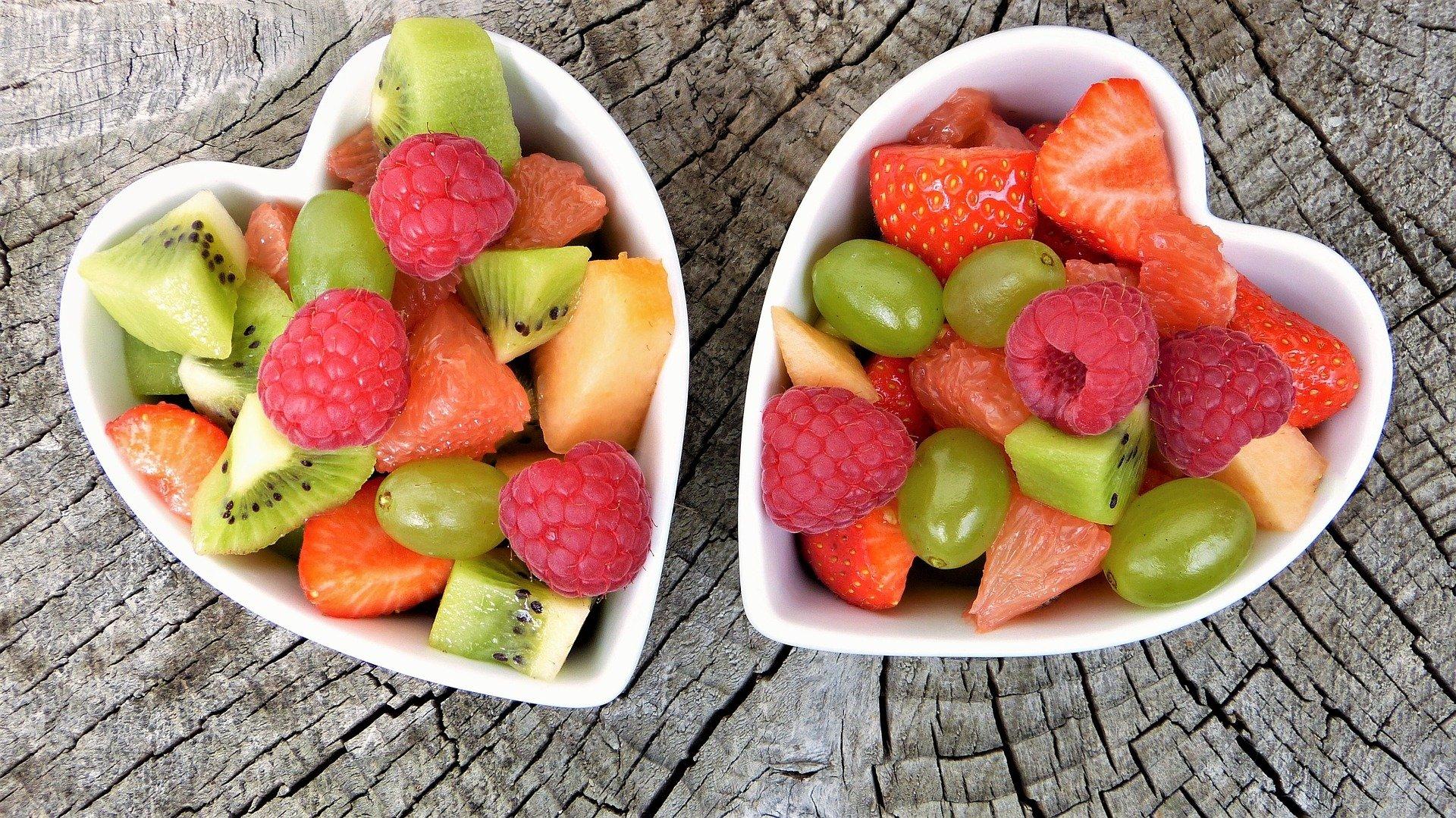 jakie owoce jeść na kolację?